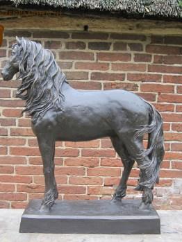 Paardenbeeld Friese paarden