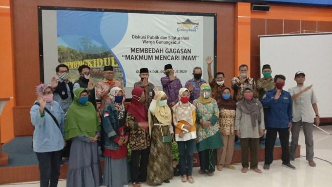 Membedah Gagasan Makmum Mencari Imam