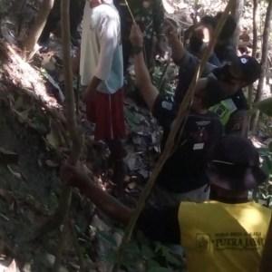 Warga Sampang Tewas Gantung Diri di Pohon Kleresede