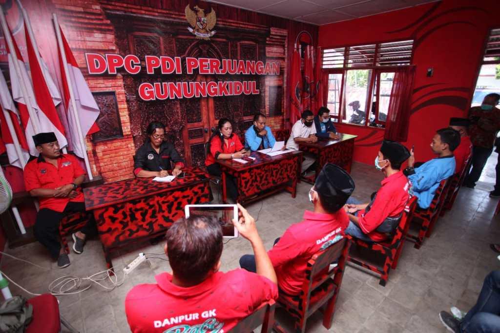 Konfrensi Pers Partai Gelora di Kantor DPC PDIP Gunungkidul