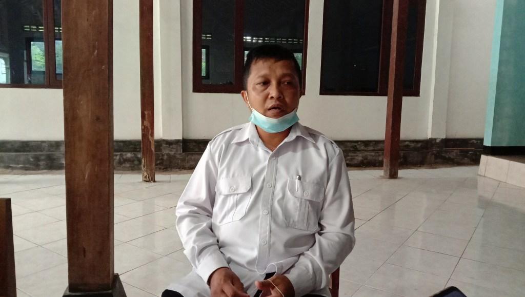 Lurah Girikarto Tuyadi