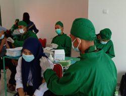 Vaksinasi Covid-19 Diselenggarakan Selama Dua Minggu, Kolaborasi Empat Institusi Sasar Ribuan Warga Per Hari