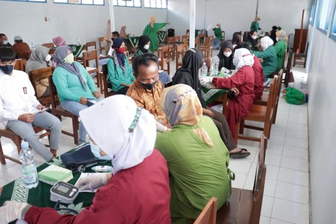 Kegiata Program Vaksinasi COVID 19 Di SMK Muhammadiyah Ponjong Sukses