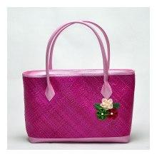 Tas-Anyaman-Bunga-Pink