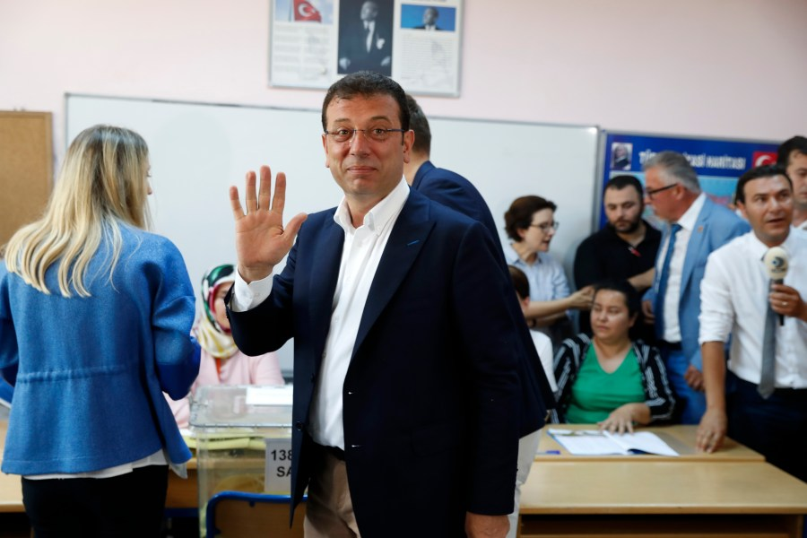 Ekrem Imamoglu, candidate of the secular opposition Republican People's Party, or CHP, arrives at a polling station in Istanbul, June 23, 2019.