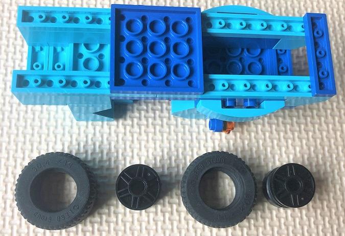 LEGO タイヤを使ってできるもの