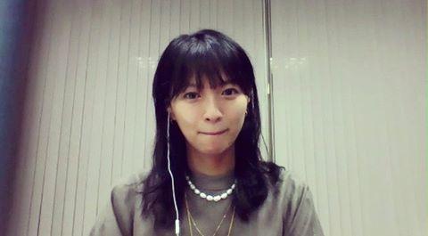 榮倉さん、リモート出演時の姿