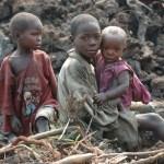 アフリカの子供(エボラ出血熱)