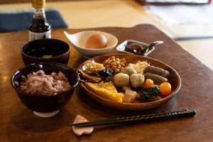 くらしき茶房 桜花 〜 おばんざいバイキングが美味しい、醤油屋が作った倉敷酒津の古民家カフェ