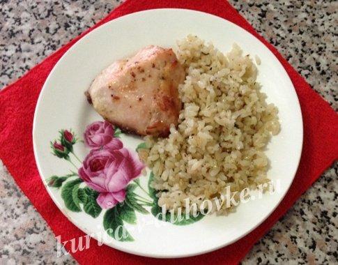 Курица с чесноком и майонезом в духовке: рецепт с фото ...