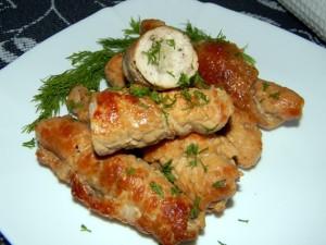 Рулет из курицы рецепт с фото пошагово с черносливом и сыром