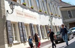 Zdesperowani wysokimi podatkami hotelarze grożą rządowi falą strajków Fot. Marian Paluszkiewicz