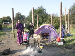 Wg projektu samowolnie zbudowane domki zostaną zburzone, a na ich miejscu staną nowe wagoniki mieszkalne Fot. Marian Paluszkiewicz