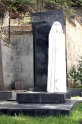 Skromny grób matki Stalina — Jekatieriny Dżugaszwili Fot. Waldemar Szełkowski