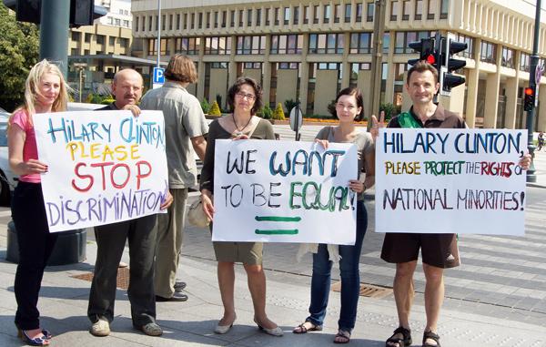 Polacy proszą Hillary Clinton o pomoc w walce o swoje prawa
