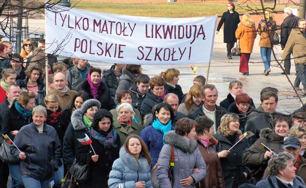 """Polacy mówią """"nie"""" polityce lituanizacji"""