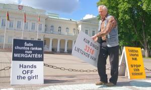 Sprawa pedofilii w Kownie wciąż budzi emocje litewskiego społeczeństwa Fot. Marian Paluszkiewicz