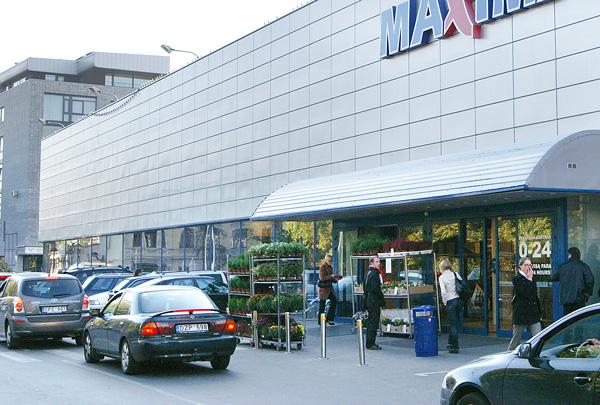 W Wilnie pod supermarketami grasują oszuści