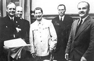 Podpisanie układu Ribbentrop-Mołotow