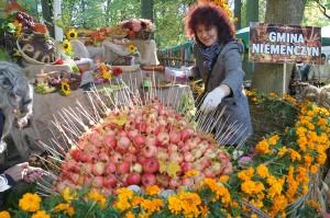 Z każdym rokiem stoiska gmin są upiększane coraz oryginalniej Fot. Marian Paluszkiewicz