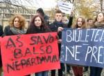 Młodzież jest przeciwko kupowaniu głosów w trakcie wyborów Fot. Marian Paluszkiewicz