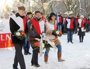 Polska społeczność na placu Łukiskim podczas obchodów 150. rocznicy Powstania Styczniowego Fot. Marian Paluszkiewicz