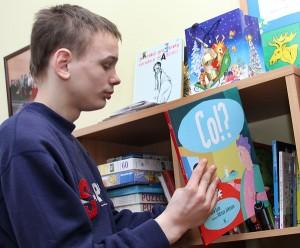 Do dyspozycji dzieci są nie tylko książki, ale też komputery, sala treningowa i relaksacyjna Fot. Marian Paluszkiewicz