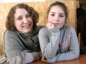 Zawsze uśmiechnięta siostra Maria czasem musi pomagać nastolatkom rozwiązywać ich dziecięce problemy Fot. Marian Paluszkiewicz