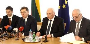 Gdy ekonomiści i politolodzy oceniają pierwsze 100 dni rządu Butkevičiusa na ogół pozytywnie, to opozycja dostrzega w tej pracy wiele negatywnych elementów   Fot. ELTA