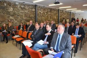 Celem Rady jest podejmowanie decyzji dotyczących równomiernego i trwałego rozwoju regionu