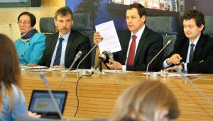 Waldemar Tomaszewski podkreślił, że projekt Ustawy o Ochronie Życia Ludzkiego w Fazie Prenatalnej jest jednym z najważniejszych  Fot. Marian Paluszkiewicz