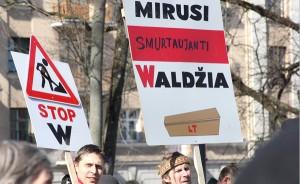Wydawałoby się błaha sprawa zapisu nazwisk w oryginalnym języku mniejszości narodowych w litewskich realiach (geo)politycznych staje się problemem egzystencji państwowej Fot. Marian Paluszkiewicz