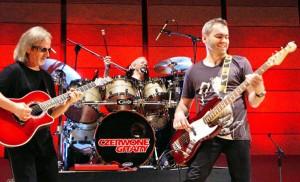 """""""Czerwone Gitary"""" na scenie kongresowej w Wilnie<br/>Fot. Marian Paluszkiewicz"""