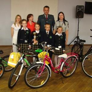 Zwycięzcy otrzymali puchar, dyplomy i rowery