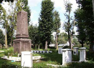 Ejszyskie cmentarze są świadkami tragicznych wydarzeń okresu II wojny światowej Fot. Marian Paluszkiewicz
