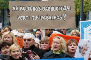 We wczorajszej akcji protestu uczestniczyło około 300 osób. Fot. Marian Paluszkiewicz