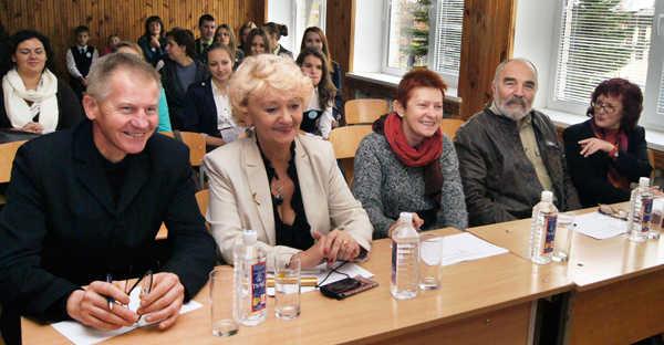Komisja: Stanisław Michalkiewicz, Lilia Kiejzik, doc. dr Barbara Dwilewicz, Wojciech Piotrowicz, doc. dr Irena FedorowiczFot. Marian Paluszkiewicz