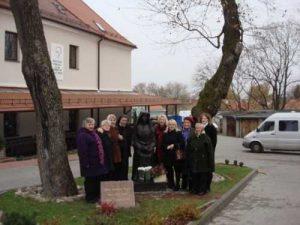 Seniorzy centrum usług socjalnych starostwa czarnoborskiego przyszykowali dary, którymi pragną podzielić się z potrzebującymi