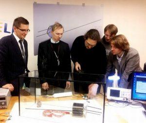 Dla skonstruowania satelitów zostały połączone siły najlepszych specjalistów Litwy      Fot. archiwum