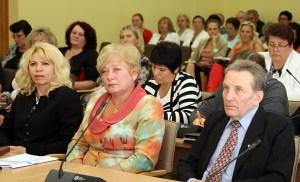 """""""W samorządzie trzymamy się zasady, że pracujemy z ludźmi i dla ludzi, że musimy widzieć przede wszystkim człowieka"""" — mówi Maria Rekść Fot. Marian Paluszkiewicz"""