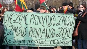 Główna Komisja Wyborcza decyzję ws. referendum o zakazie ziemi obcokrajowcom przerzuciła do Sejmu Fot. Marian Paluszkiewicz
