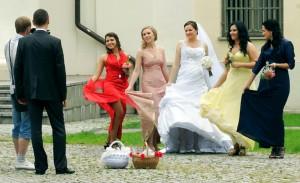 W dobie Internetu sporo przyszłych młodych par zapoznaje się właśnie w sposób wirtualny Fot. Marian Paluszkiewicz