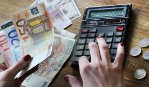 Przedsiębiorcy mają dobrą wolę zachować stabilność cen podczas ich przeliczania z litów na euro, ale ostrzegają rząd, że policzą też, czy im się to opłaca  Fot. Marian Paluszkiewicz