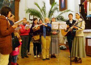 Młodzi wolą gitarę niż organy Fot Marian Paluszkiewicz