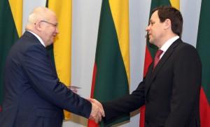 W wyborach prezydenckich weźmie udział 7 kandydatów, w tym również lider AWPL, europoseł Waldemar Tomaszewski Fot. Marian Paluszkiewicz