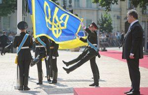 W nowym prezydencie Petro Poroszence Ukraińcy pokładają wiele nadziei na zażegnanie kryzysu oraz wojny na wschodzie kraju Fot. EPA-ELTA