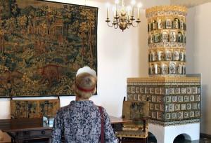 Zwiedzający mogą zobaczyć w Pałacu Władców liczne sale ze średniowiecznym wystrojem wnętrz Fot. Marian Paluszkiewicz