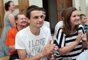 Tomasz (od lewej) marzy o Zakonie Selezjanów Fot. Marian Paluszkiewicz