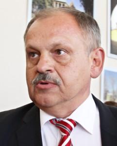 Dyrektor administracji Józef Rybak     Fot. Marian Paluszkiewicz