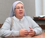 Siostra Nijola, Eucharystka